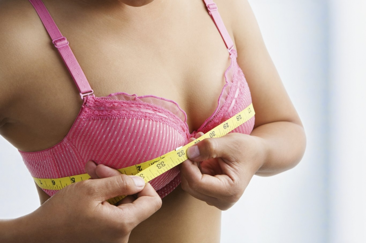 Scottsdale Breast Implant Options. Call (855) 515-4177 to learn more.